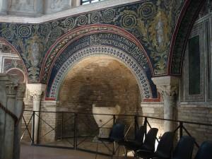 Ravenna ist bekannt für imposante Mosaike.