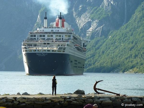 Fjord-Kreuzfahrt-Norwegen