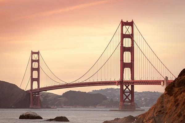 Wahrzeichen von San Francisco: Golden Gate Bridge © pixabay.com