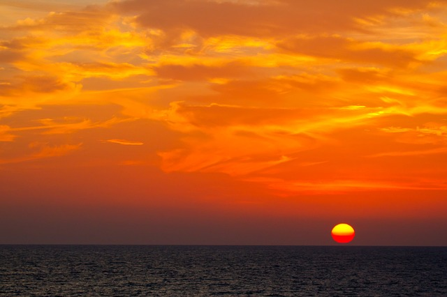 Sonnenuntergang auf See © pixabay.com